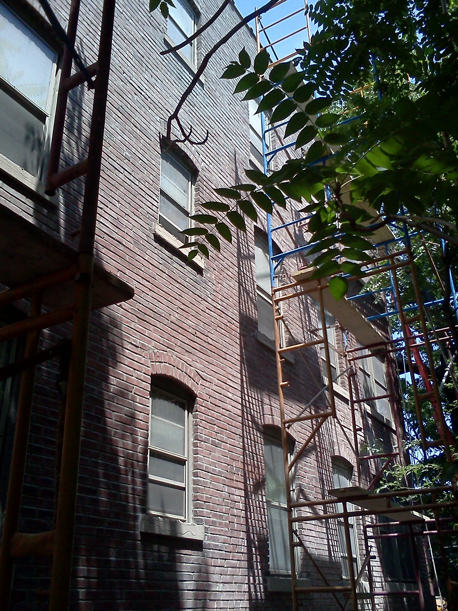 Tuckpointing Amp Brick Repair Project Pictures Atek Masonry